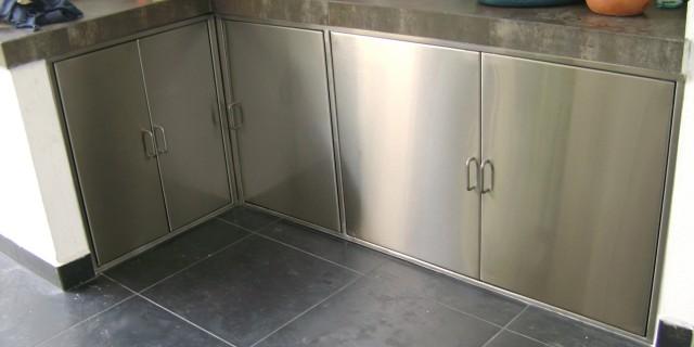 Puertas de acero inoxidable badisa for Brochetas de acero inoxidable